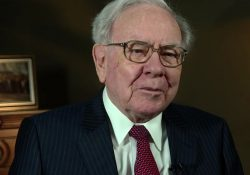 warren_buffett_at_the_2015_selectusa_investment_summit